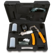 Testgerät für Druck-/Unterdruckkontrolle mit Zubehör und Adaptern